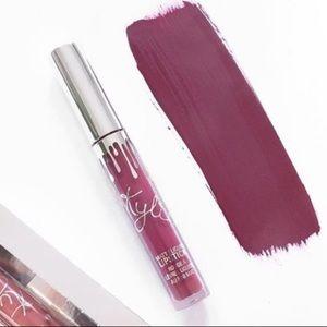 Kylie Cosmetics Blitzen Liquid Lipstick